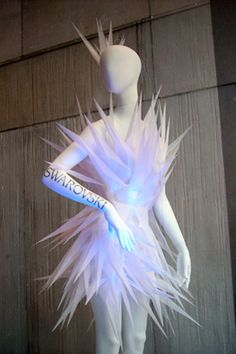Swarovski dress and head piece Ice Queen Costume, Drag Queen Costumes, Drag Queen Outfits, Trajes Drag Queen, Fashion Art, Fashion Show, Fashion Design, High Fashion, Robes Tutu