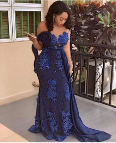 Hello fashion lovers we bring you latest aso ebi styles 2019 fro African Fashion Styles.You don't need to worry on how to look for that occassion because we got Aso Ebi Lace Styles, African Lace Styles, Lace Dress Styles, African Lace Dresses, African Wedding Dress, Latest African Fashion Dresses, African Print Fashion, Ankara Styles, Nigerian Fashion