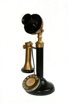 images of vintage telephones | Old Phone: Replica old fashioned phone