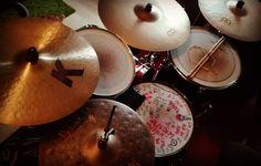 Mmhhhh my new cymbal set up. #drums #drumset #drumkit #drumporn #meinl #meinlcymbals #meinlbyzance #vintage #sand #benny #greb #bennygreb #bennygrebcymbals #made #in #turkey #zildjian #zildjiancymbals #zildjianfamily #k #custom #full #tama #hardware #speedcobra #user #tama #slp #snare #promark  @remopercussion @zildjiancompany @meinlcymbals @officialtamadrums @promarkbydaddario by crazy_junkie88
