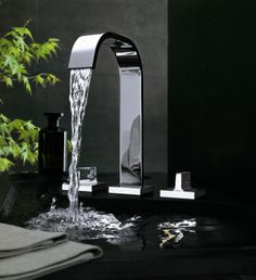 Aguablu Deck Mounted Basin Set www.timeandspacelondon.com A great alternative to the MEM style square section tap, we love Aguablu's subtle radiuses that just soften the look, whilst still maintaining that more masculine edge.