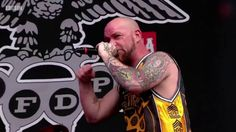 Five Finger Death Punch - Jekyll and Hyde (Live at Reading Festival 2016)