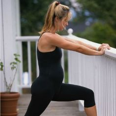 Pregnancy Fitness Week by Week Find out how you need to alter your exercise routine during each week of pregnancy with these easy tips. #WhatToExpect #Pregnancy #Health #Fitness