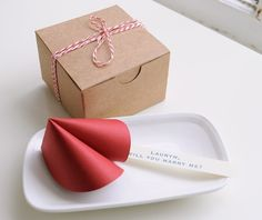There is no better way to send a special, personalized message to a loved one or friend than with these playful paper fortune cookies by Etsy Seller, Imeon Design, from Portland, Oregon. These would be fantastic for all types of occasions as party favors, childrens' birthday parties, wedding favors or a Valentines' Day message to your special someone. http://www.explorehandmade.com/post/35851811565