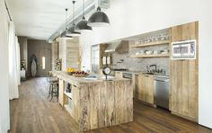 Marine Loft is a 1,750 s.f. residential loft space located a block from the famous Santa Monica Beach of California.  The client is a Korean American banker ...