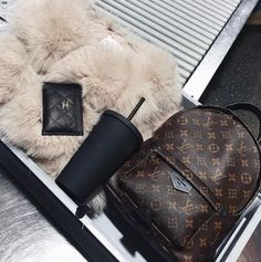 Cover FXs 3 Game Changing Makeup Tips - Gucci Backpack - Ideas of Gucci Backpack - Gucci Rusksack Chanel Card holder Louis Vuitton Handbags, Purses And Handbags, Louis Vuitton Monogram, Handbags Michael Kors, Louis Vuitton Backpack, Luxury Purses, Luxury Bags, Fashion Handbags, Fashion Bags