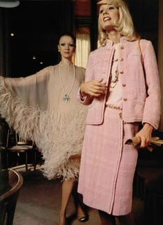 Best Vintage Outfits Part 2 Chanel Outfit, Chanel Jacket, Chanel Fashion, 70s Fashion, Pink Fashion, Fashion History, Vintage Fashion, Womens Fashion, Lauren Hutton