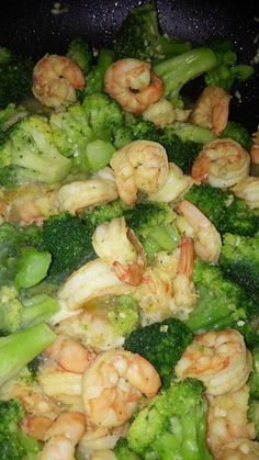 """Garlic & lemon pepper shrimp and broccoli! """"Taste great and is easy to prepare.""""  @allthecooks #recipe"""