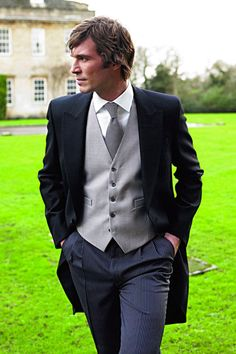 Love the Classic morning suit for the gents