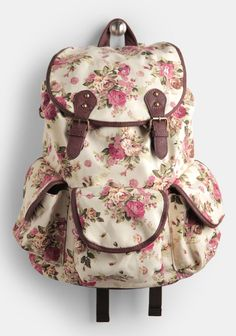 I really want one of these floral backpacks! I love the vintage look :)
