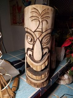 Wood Carving Designs, Wood Carving Patterns, Wood Carving For Beginners, Tiki Head, Tiki Statues, Dremel Wood Carving, Tiki Bar Decor, Tiki Totem, Tiki Mask