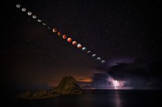 Moon eclipse time-lapse