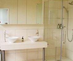 5 Things Cluttering up the Bathroom