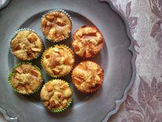 Queste tortine di mele sembrano muffin. ma di fatto non lo sono. niente di più lontano da un muffin. non fatevi ingannare dalla loro forma, dal fatto che s