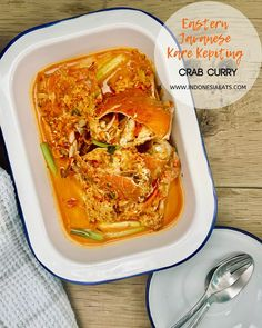 Kare Kepiting ala Jawa Timur or Eastern Javanese Crab Curry is such a memorable dish of my childhood growing up in Sidoarjo, suburban city of Surabaya. Shellfish Recipes, Seafood Recipes, Javanese Recipe, Fresh Turmeric Root, Curry, Dried Shrimp, Shrimp Paste, Coriander Seeds, Indonesian Food
