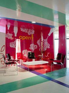 pink Graffiti in Interior Design