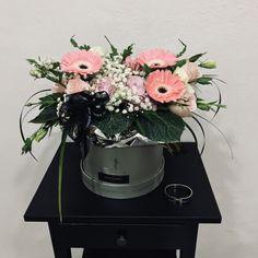 #BloomBoxes #FlowerBoxes #BloomBox #盒子花  #鲜花 #满天星 #洋桔梗 #玫瑰花 #非洲菊 #Babybreath #Roses #Gerbera #JohorBahru #Johor #JohorJaya #Florist #小天使花屋 #AngelFloristGiftCentre #新山花店 #花店 #新山 #柔佛 #Wechat #WhatsApp 010-6608200