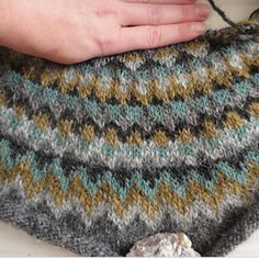 AN INTERVIEW WITH: JENN OF KNIT.LOVE.WOOL - Blog Kelbourne Woolens / Fine yarns and patterns for fiber enthusiasts — KW