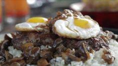 Loco Moco recipe from Guy Fieri via Food Network - Hawaiian dish. Add some pineapple Loco Moco, Guy Fieri, Moca, Hamburgers, Top Recipes, Cooking Recipes, Beef Recipes, Game Recipes, What's Cooking