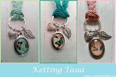 Waxkoord kettingen. Serie Taua in de kleuren mint, emerald en peach. www.yomesieraden.nl