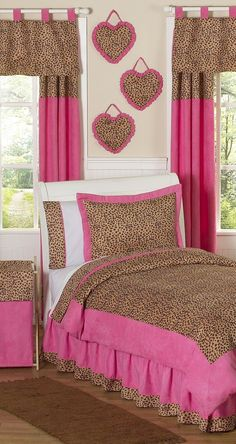 Girls' Leopard bedroom ((Elija. Would. FREAK))