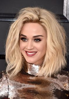 See the best beauty looks from the 2017 Grammys red carpet here, like on Katy Perry...