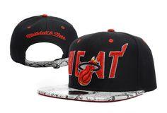 NBA Miami Heat Strap Back Hat id06  CAPS M1627  - €16.99   PAS 5eb6059372ea