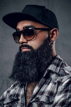 The best long full and short trimmed fade beard styles for men in 2020. Learn all the best mens beard shape options including Arab and black men. #menshaircuts #menshairstyles #beard #beardstyles #beards