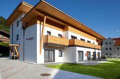Appartement Haus Auszeit  Appartementen Haus Auszeit in Flachau zijn erg comfortabel. Wandelroutes beginnen in de directe omgeving. Buitenzwembad (7 x 35 m) en ligweide. Broodjesservice mogelijk.  EUR 43.12  Meer informatie