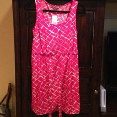 Forever 21 dress Cute and comfortable for work, can dress up or down, wear with tights and boots in winter or w flats in the summer! Never worn, NWT Forever 21 Dresses Mini