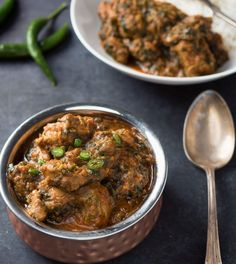 Lamb saag is a delicious lamb curry with big tastes of spinach, green chilies and cilantro. If you like lamb, you are going to love lamb saag. Curry Sauce Recipe Indian, Curry Base Recipe, Lamb Marinade, Tandoori Marinade, Lamb Curry, Lamb Stew, Chicken Curry, Butter Chicken
