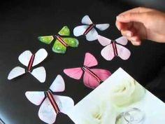 カードをひらくとバタバタと蝶々が飛び出す、いらずらグッズをハンドメイドしよう!作り方はとても簡単なので、子供工作にも♪おうちにあるものや身近なもので作れちゃいます☆