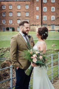 Real Weddings at The West Mill - Victoria & Ben– February 2017 - A rustic wedding with a giant bridal bouquet, naked cake & sparkler send off | Images: Charlotte Jopling Photography