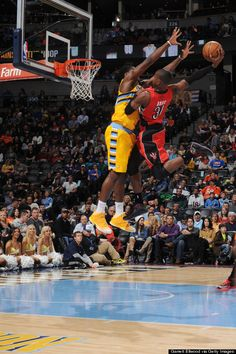 Toronto Raptors' Terrence Ross threw down a ferocious one-handed dunk in transition over Denver Nuggets forward Kenneth Faried in the final seconds of the first half at the Pepsi Center in Denver, Colorado. Basketball Is Life, Basketball Legends, Sports Basketball, Basketball Players, Basketball Stuff, Toronto Raptors, Basketball Pictures, Sports Pictures, Best Dunks