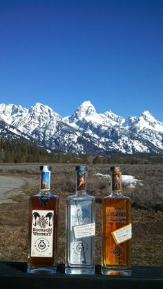 Visit Willie's Distillery in Ennis, Montana for handcrafted cocktails and pick up a bottle of their #montanamoonshine or #bighornbourbon. #montana #distillery #craftbeverage