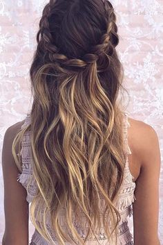 We are loving this gorgeous braids and waves combo by@emmachenartistry❤️❤️