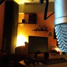 Feelings radio studio