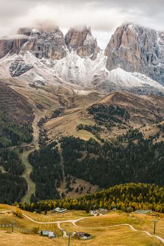 Dolomites (by Michael Bennati) #Mountains