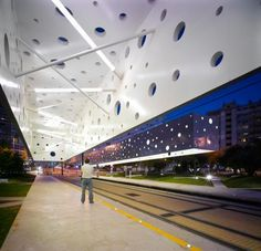 Tram Stop, Alicante, Spain by SUBARQUITECTURA