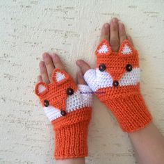 Fox gloves adult size fox mittens own design fox fingerless Fingerless Gloves Crochet Pattern, Fingerless Mittens, Knitted Gloves, Crochet Applique Patterns Free, Knitting Patterns, Knitting Tutorials, Hat Patterns, Loom Knitting, Free Knitting