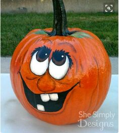 Halloween Pumpkin Decorating Ideas For More Fun ★ Pumpkin Face Paint, Pumpkin Art, Pumpkin Carving, Pumpkin Painting, Tole Painting, Halloween Projects, Diy Halloween Decorations, Holidays Halloween, Halloween Crafts