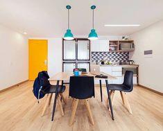 Mubler.co®️ (@mubler.co) • Fotos y vídeos de Instagram Rooms For Rent, Roommate, Interiores Design, Corner Desk, Conference Room, Instagram, Table, Furniture, Home Decor