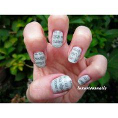 Você é a sua própria #manicure. Veja como fazer #unhas estilo de #jornal, passo a passo, através do vídeo da #luxuriousnails    Veja o vídeo completo: http://bit.ly/WIR7Nf    Curta a nossa página no Facebook: http://on.fb.me/1otglf5    #manicure #pedicure #nailart #Newspaper #Print #Nail #Art #Tutorial