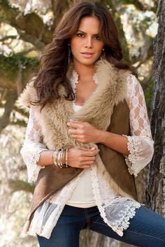 BOHO CHIC - romantic, feminine & effortless.Really LOVE this look!