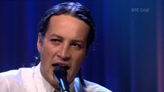 Marlon Williams - Hello Miss Lonesome | The Late Late Show | RTÉ One