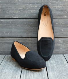 basic black flats from #allimarie - reminiscent of classic belgian flats