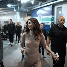 SELENA REVIVAL TOUR 2016 BACKSTAGE GET READY