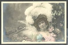 NR086-ARTIST-STAGE-STAR-Alice-DE-TENDER-FEATHER-HAT-Tinted-PHOTO-pc-STEBBING