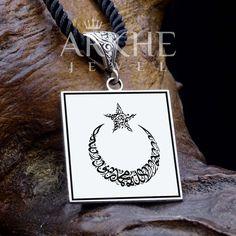 """La ilahe illallah"" Yazılı Gümüş Kolye - Arkhe Jewel Charmed, Bracelets, Jewelry, Jewlery, Jewerly, Schmuck, Jewels, Jewelery, Bracelet"