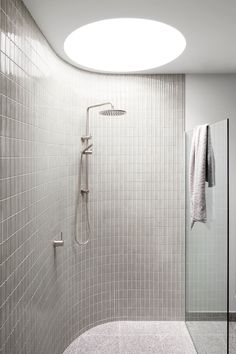Gallery Of Build Her Collective Local Australian Residential Design & Construction Melbourne, Vic Image 6 - The Local Project Modern Bathroom Design, Bathroom Interior Design, Home Interior, Luxury Interior, Modern Design, Small Bathroom, Master Bathroom, Bathroom Ideas, Bling Bathroom